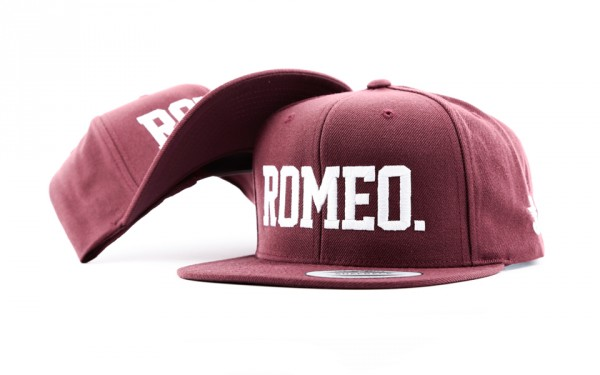 ROMEO SNAPBACK ALL MAROON