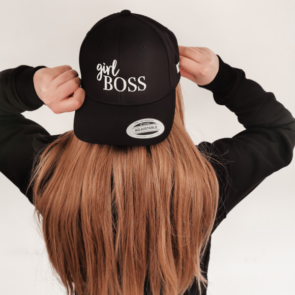 "Curved Cap ""Girl Boss"" – TheGoodVibes"